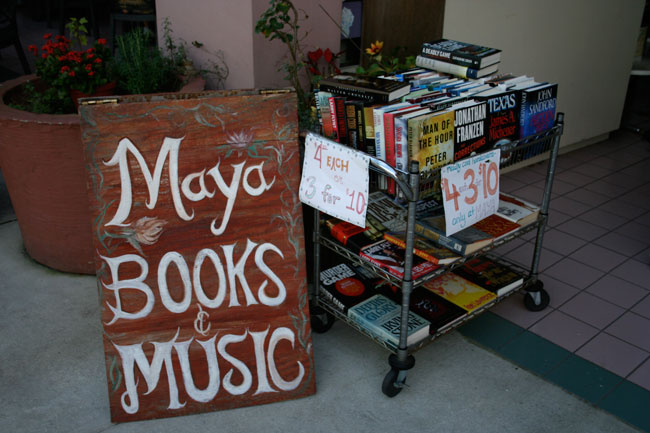 Day 6 – Maya Books and Music -Used Book Store in Sanford, FL