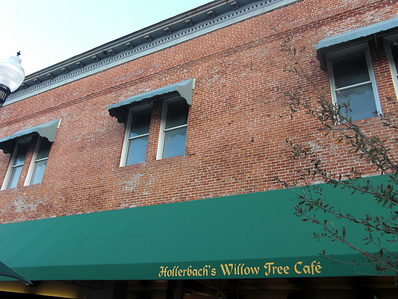 Day 175 – New Look of Hollerbach Willow Tree Cafe in Sanford