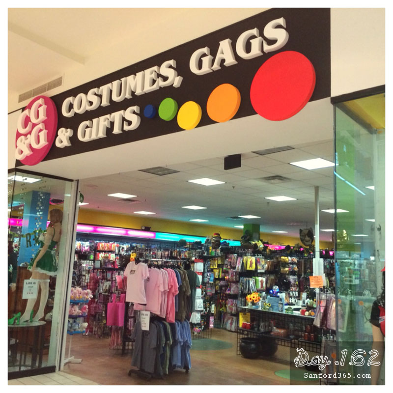 Costumes, Gags and Gifts Sanford FL Mall