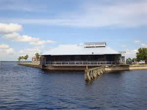 Wolfy's Waterfront Bar 'n Grill - Sanford