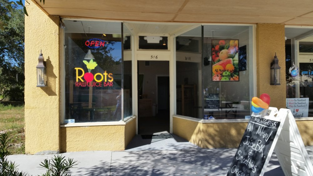 roots raw juice bar-2