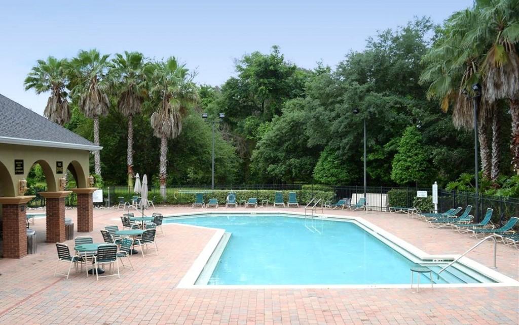 Buckingham Estates Community Pool