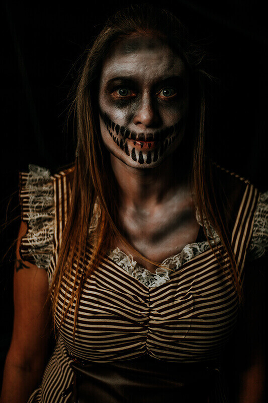 Haunted House in Sanford FL - Actress